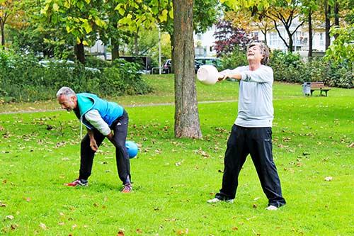 Outdoor Training Köln Uniwiese Innerer Grüngürtel