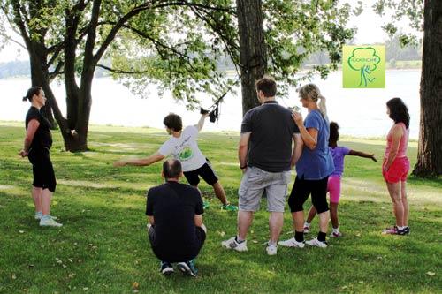 Outdoor Sport mit Zirkeltraining