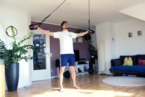 Sling Trainer Übungen Butterfly reverse