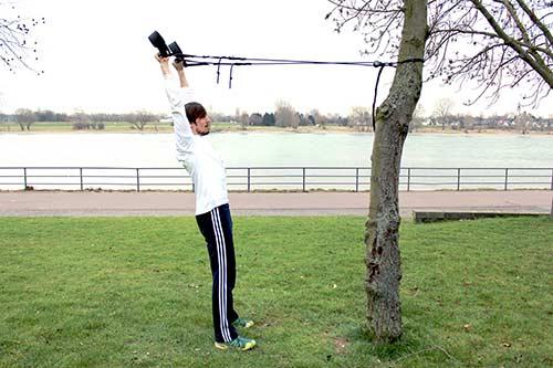 Sling Training - Frontheben gestreckt