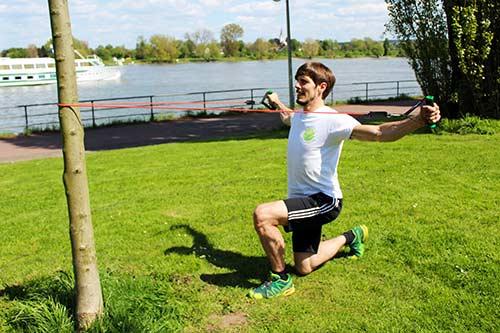 Fitness Tube Ausfallschritte & Butterfly Reverse