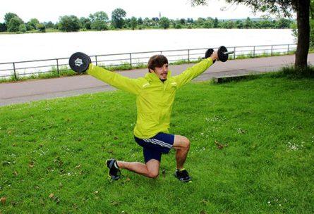 Kurzhanteltraining für Rücken, Rumpf, Schultern, Beine – 7 effektive Übungen