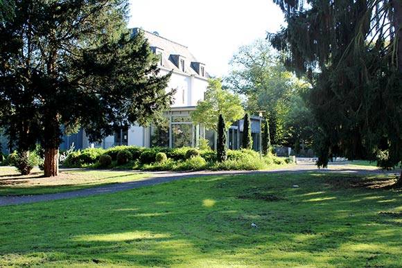 Lohmar – Park Villa Friedlinde (Poststr. 14)