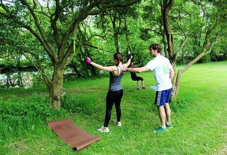 Sling-Training für den den oberen Rücken