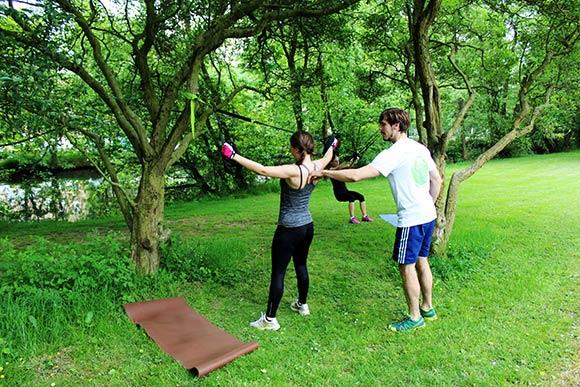 Die 7 besten Sling Training Übungen für Deinen oberen Rücken