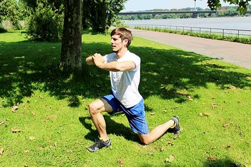 Bodyweight Übungen - Split-Jumps