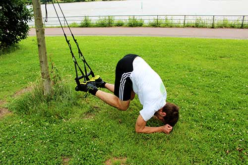 sling-trainer-uebungen-bauch-recrunch-9