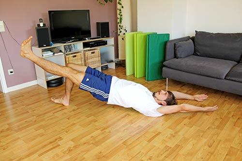 Trainingsplan für unterwegs - Schulterbruecke einbeinig