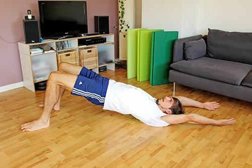Trainingsplan für unterwegs - Schulterbruecke